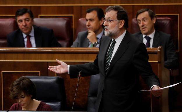 Resultado de imagen para Mariano Rajoy, expresidente del Gobierno español, en el Congreso en Madrid, el 18 de octubre de 2017