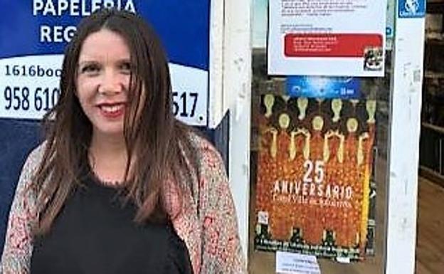 La escritora de Dúrcal María José Puerta presentará en la Alpujarra su última obra, 'El aroma del jardín blanco'