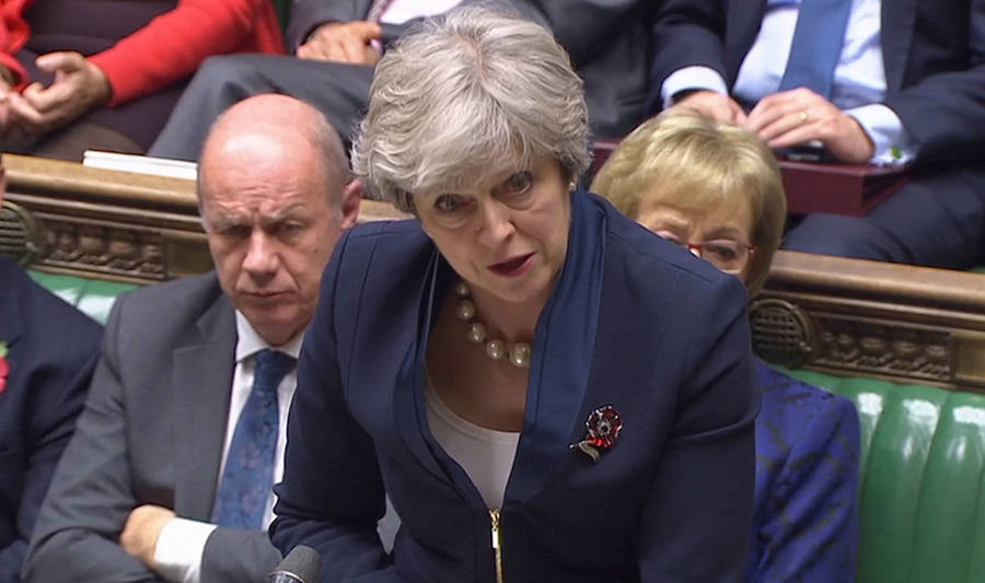 Theresa May, con Damian Green en segundo término./Reuters