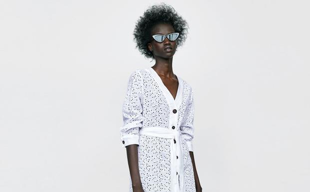 Tallas Grandes En Zara 4 Prendas Que Demuestran Que Lo Estan Intentando Ideal