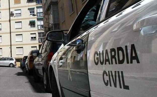 Separan del servicio a un guardia civil por una denuncia «falsa» de daños en su casa de Granada