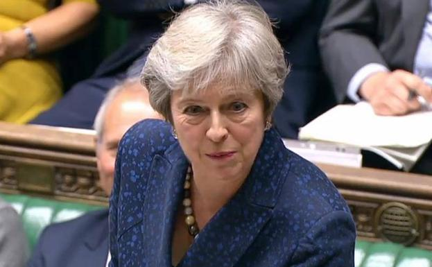 Theresa May durante una intervención parlamentaria./Afp