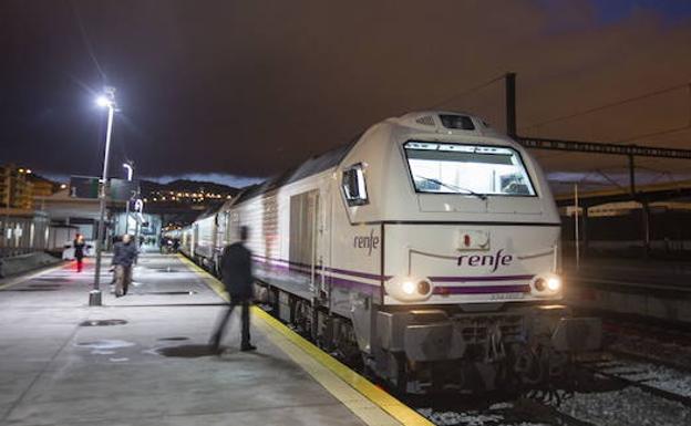 viajes a granada en tren