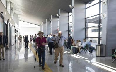 2c52d125226d Interior de la estación nueva del AVE de Granada./PEPE MARÍN