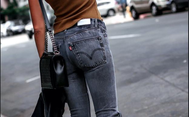 Asi Puedes Comprar Los Pantalones Levi S Que Mejor Sientan Con Descuentos Ideal