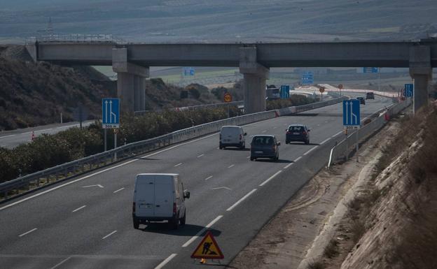 Puente de la Segunda Circunvalación, en Otura.