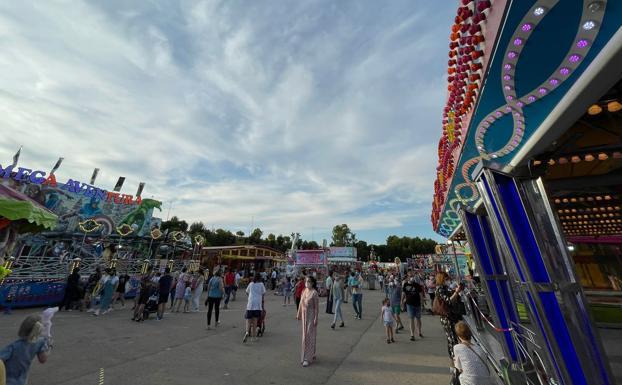 Muchos jienenses ya disfrutaron ayer de las atracciones</p><p>./IDEAL