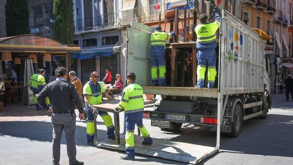 3efd67d17705 Vallas y policías para garantizar la seguridad en Semana Santa